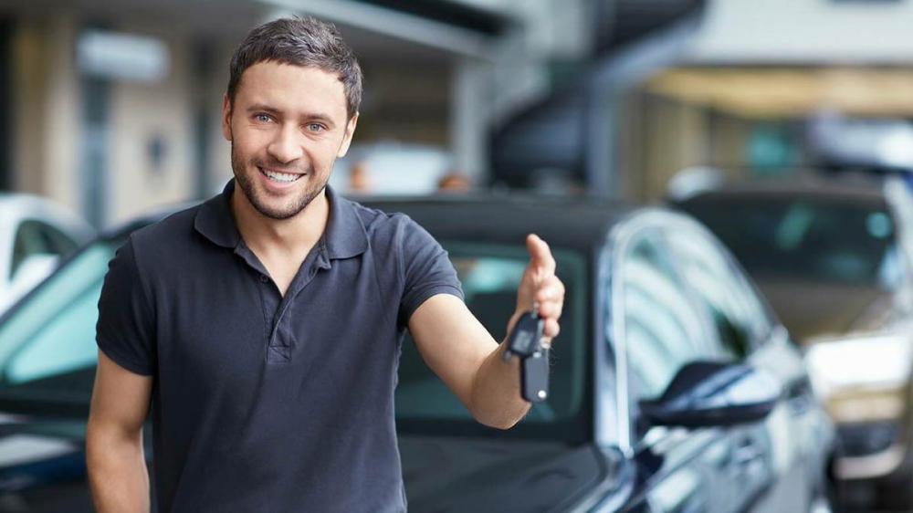 Η ομάδα του thessaloniki-cars.gr σας παρουσιάζει με τη σειρά τα 10 πιο εμπορικά αυτοκίνητα που επιλέγουν οι Έλληνες !